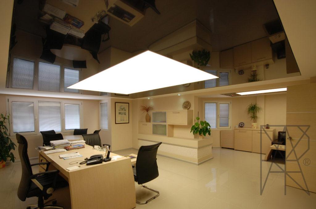 Натяжные потолки в офисе: установка и монтаж в СПб